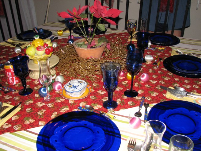 A table setting for an informal family dinner. © Colline Kook-Chun, 2012
