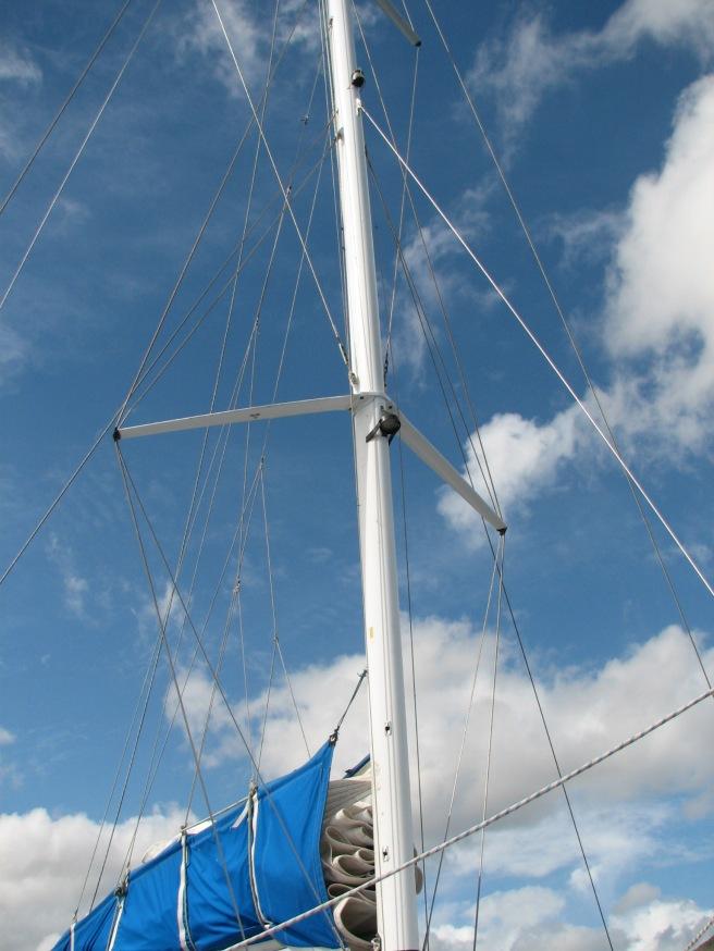 The mast of the catamerang. © Colline Kook-Chun, 2013