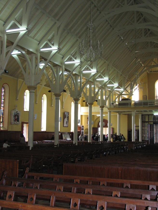 Inside a Mauritian church. © Colline Kook-Chun, 2013