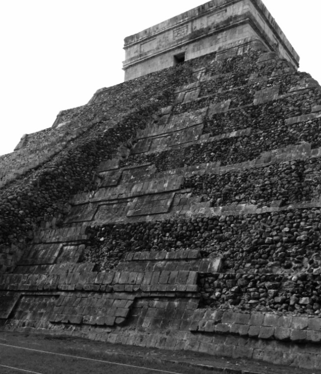 Mayan Temple © Colline Kook-Chun, 2016