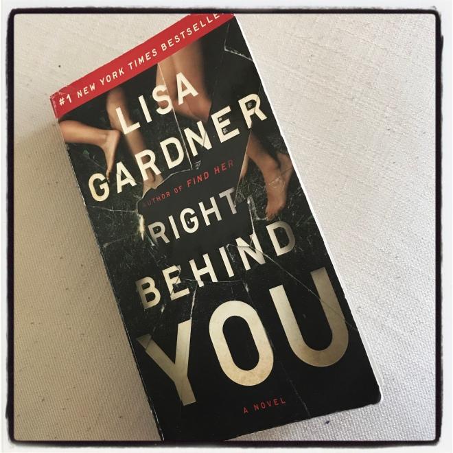 right behind you lisa gardner pdf