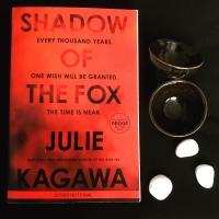 Book Review: Shadow of the Fox by Julie Kagawa