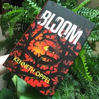 Book Review: Bloom by Kenneth Oppel