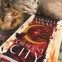 Book Review: Crescent City by Sarah J. Maas